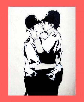 Lámina - Bobbies Kissing
